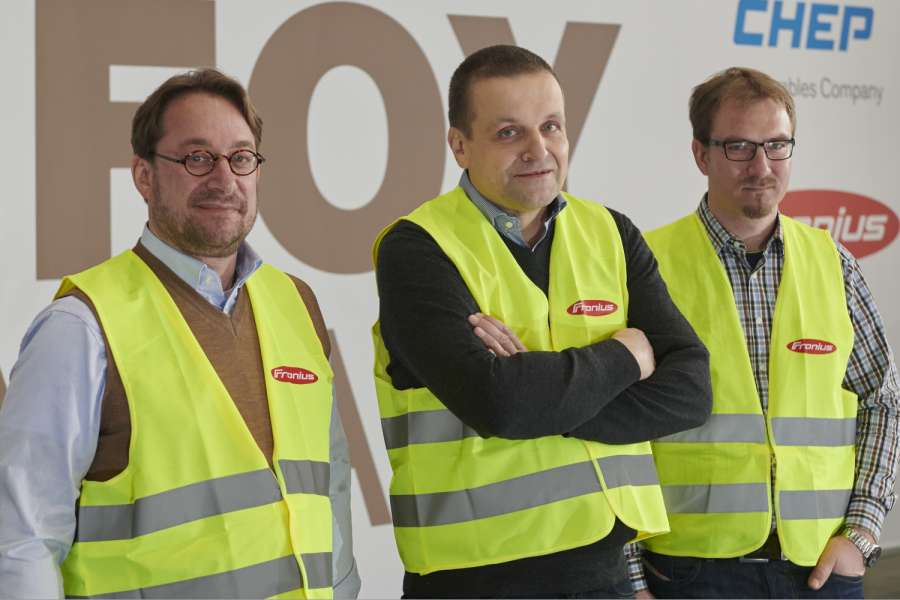 IFOY AWARD 2020: Als Innovation Checker im Einsatz (von links): Prof. Dr. Johannes Fottner, Guido Follert und Martin Anders. (Foto: IFOY AWARD)