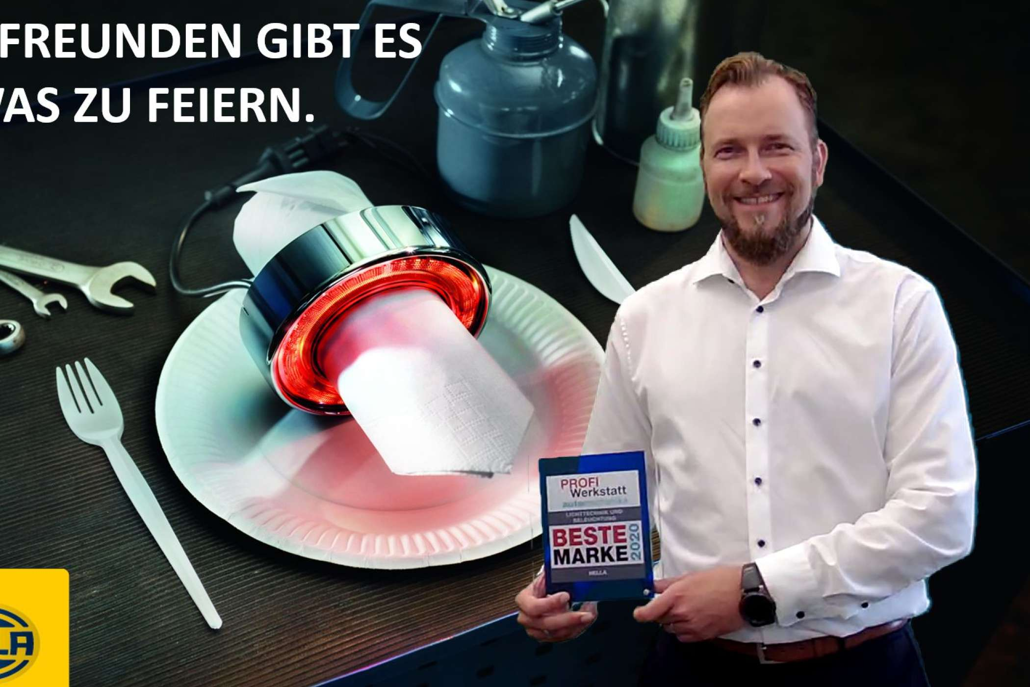 Von Anfang an kann Hella in der Kategorie Lichttechnik und Beleuchtung überzeugen. Jörg Harjes, Director Marketing Independent Aftermarket, nahm den Award in Empfang. Foto: Hella.
