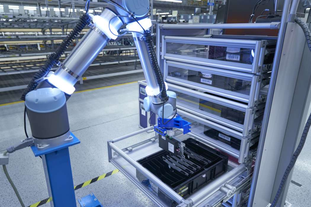 Ein Logistikroboter der BMW Group Logistik. | Bild: BMW Group
