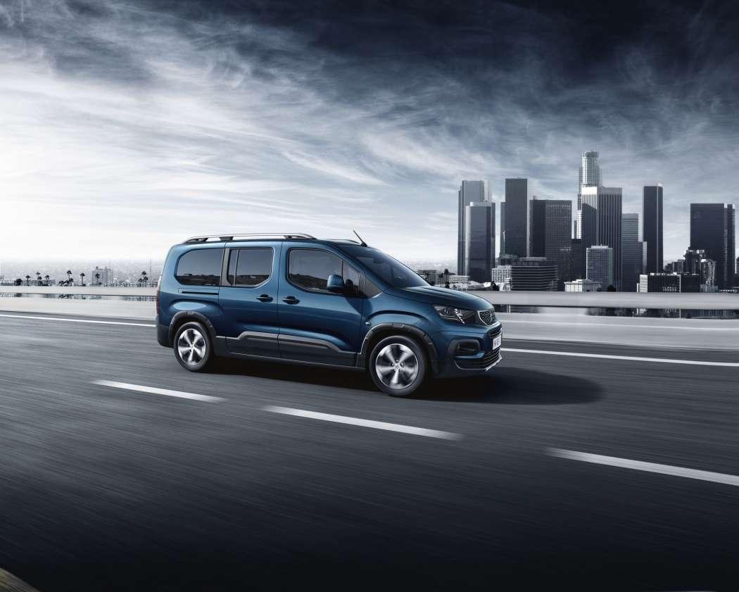 transporter: peugeot präsentiert neuen city-van rifter - lieferwagen