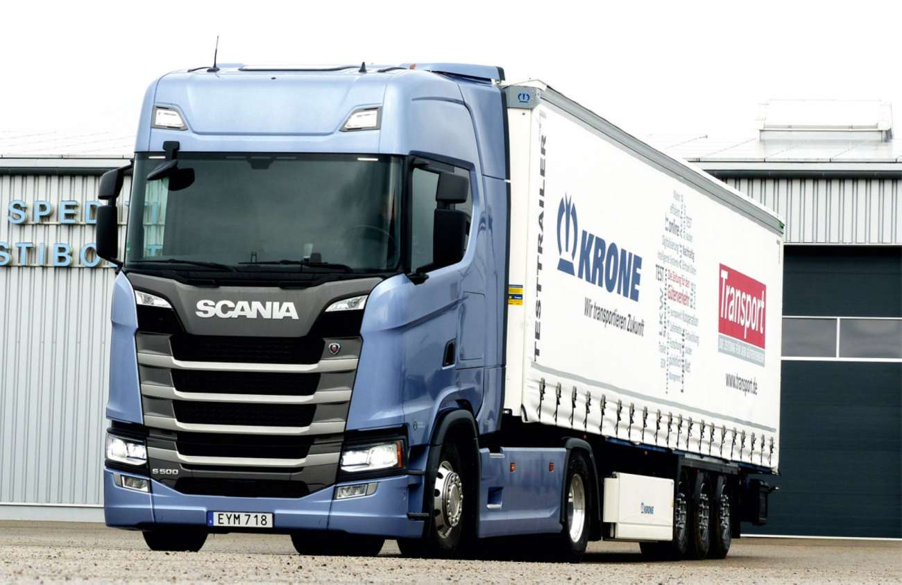 scania s 500 der neue k nig lkw logistra fachartikel. Black Bedroom Furniture Sets. Home Design Ideas